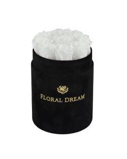 wieczne róże białe w czarnym welurowym flower boxie