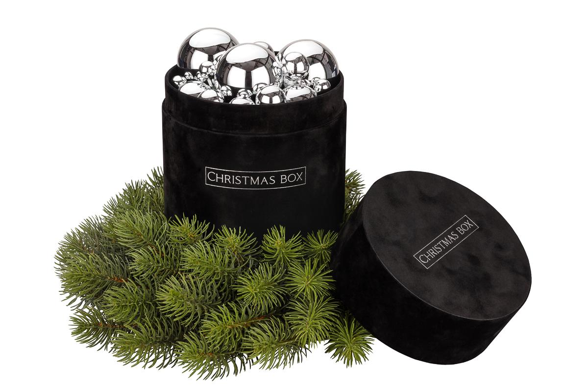 christmas box srebrne bombki
